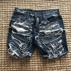 NWOT Distressed Cut Off Shorts